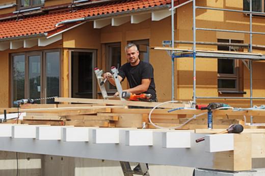 Carport Aufbau © Ingo Bartussek, fotolia.com