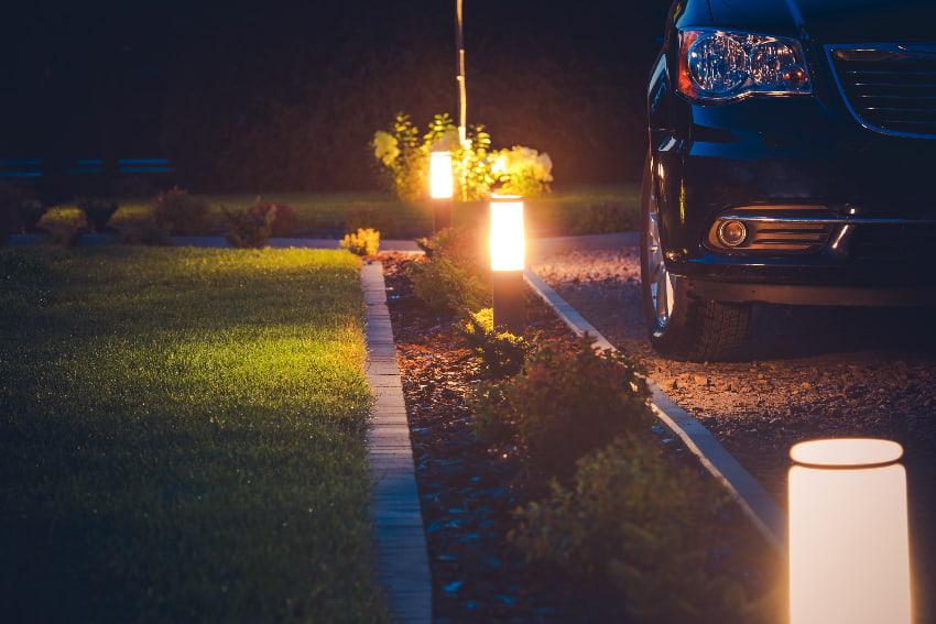 Garageneinfahrt Beleuchten Fur Gute Sicht Auch In Der Nacht