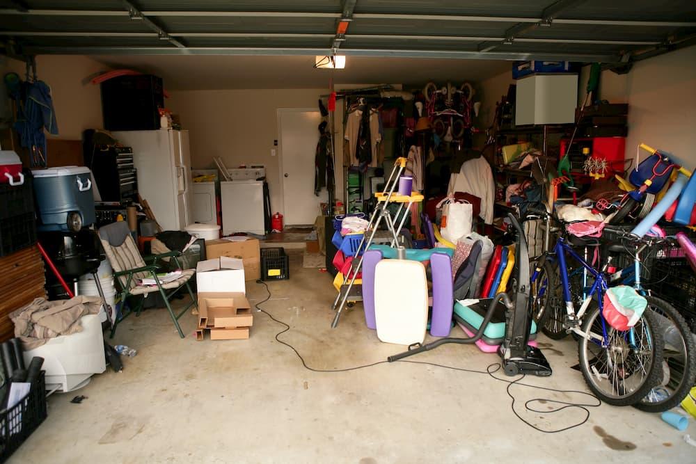 Garage als Lagerplatz © lunamarina, stock.adobe.com