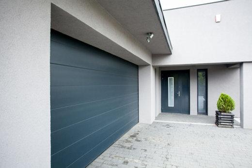 Haus mit großer Garage © photographee.eu, fotolia.com