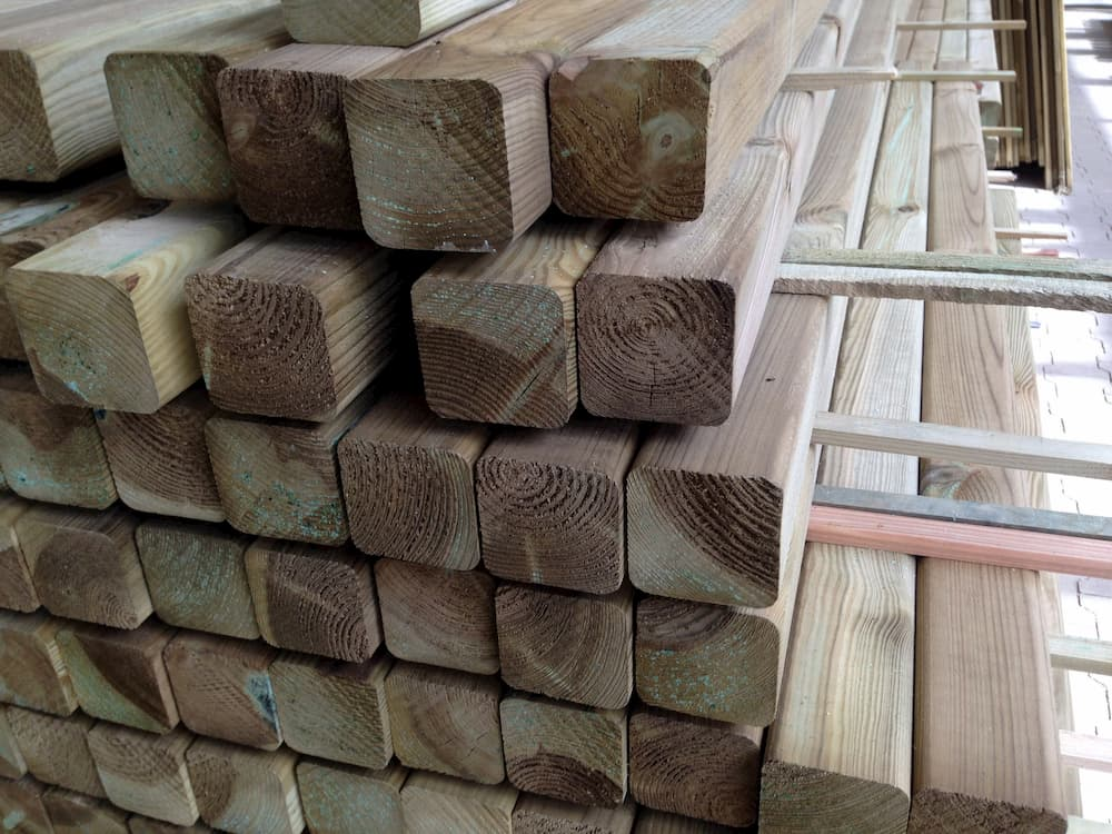 Kesseldruckimprägniertes Holz © bierwirm, stock.adobe.com