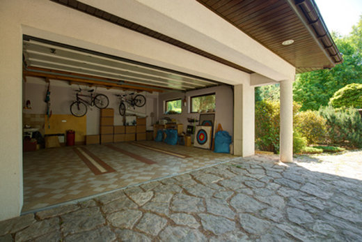 Innenraum Garage © Photographee.eu, fotolia.com