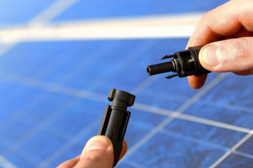 Solaranlage Inbetriebnahme © Gerhard Seybert, fotolia.com