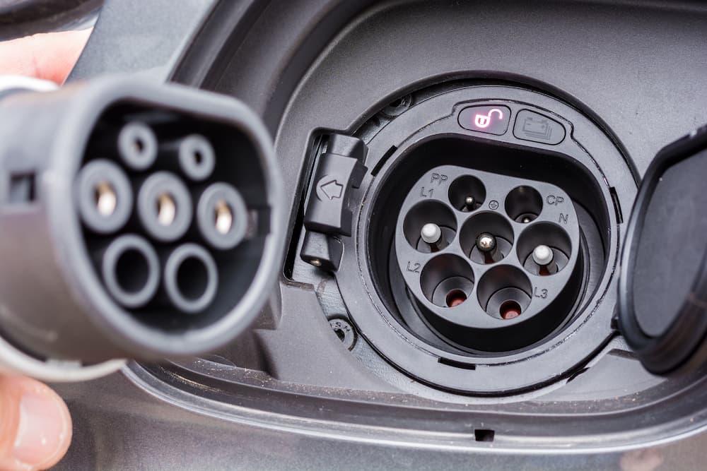 Elektroauto laden: Die Stecker müssen passen © Ralf Geithe , stock.adobe.com